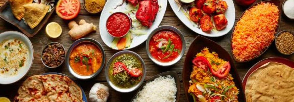 Solina tafel vol met eten en gerechten dat ze voorzien - duaal leren - duaal digitaal